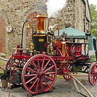 Historische Dampf-Feuerspritze - © Erich Westendarp / pixelio.de